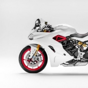 Мотоцикл Ducati SuperSport 2017 – поддай газу!